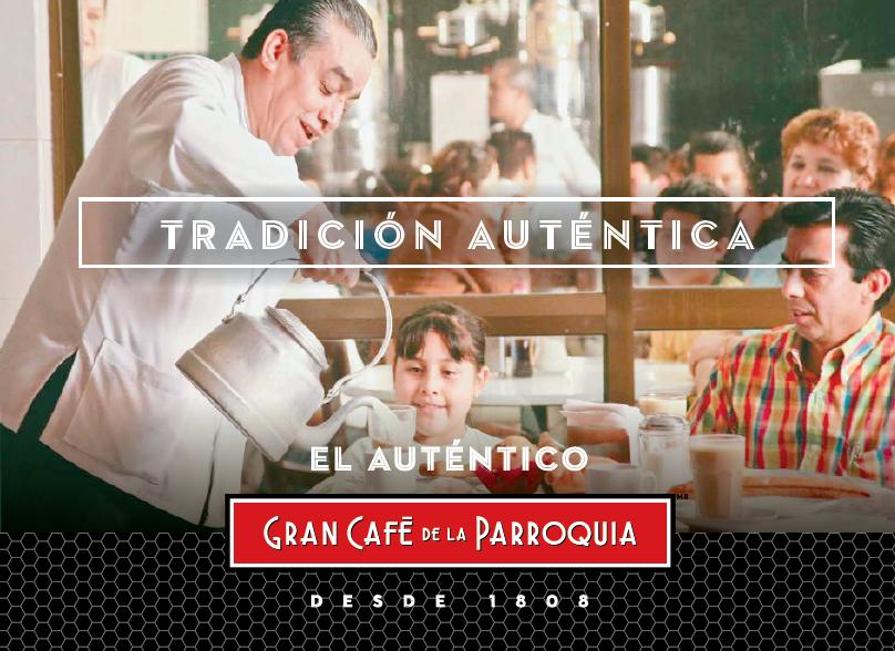 familia tomando café en Gran Café de La Parroquia de Veracruz